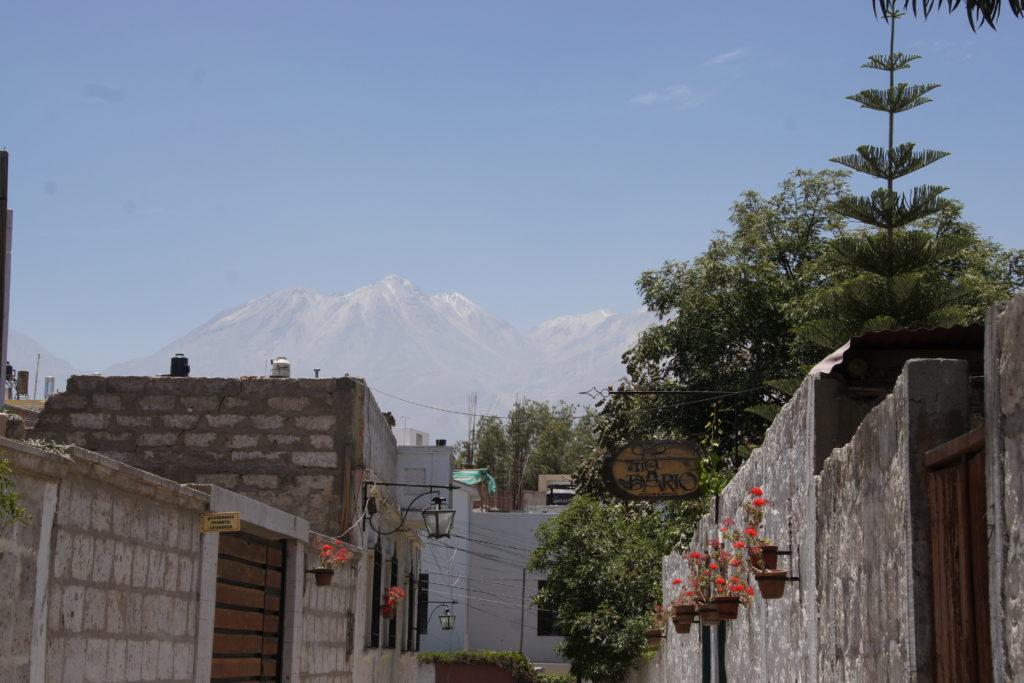Rue du quartier de Yanahuara AU PROGRAMME DE VISITE AREQUIPA
