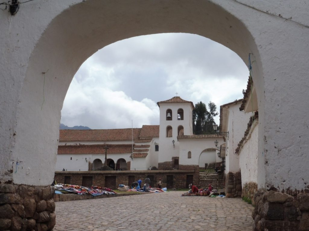 Village de CHINCHERO dans le CIRCUIT VALLEE SACREE au PEROU
