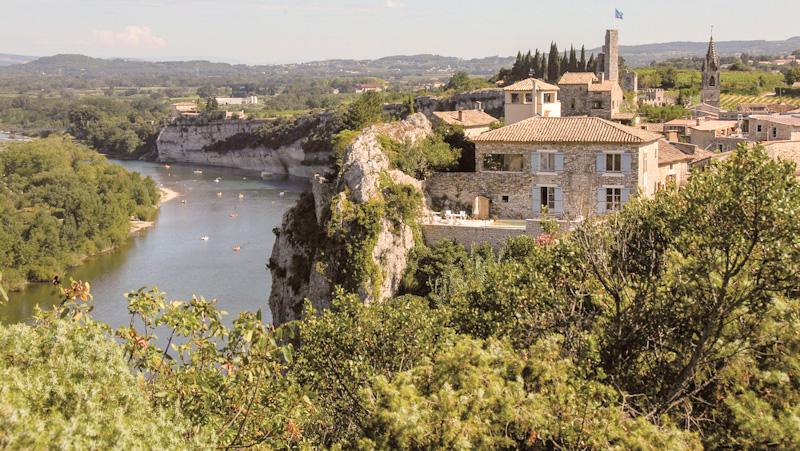 Que voir autour des Gorges de l'Ardèche : AIGUEZE