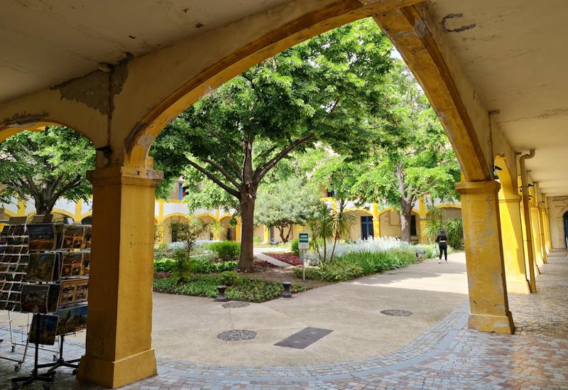 Que voir à Arles : Fondation Van Gogh