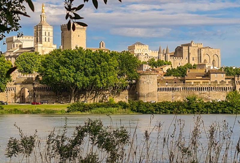 Que faire dans le Luberon et en Provence : visiter Avignon