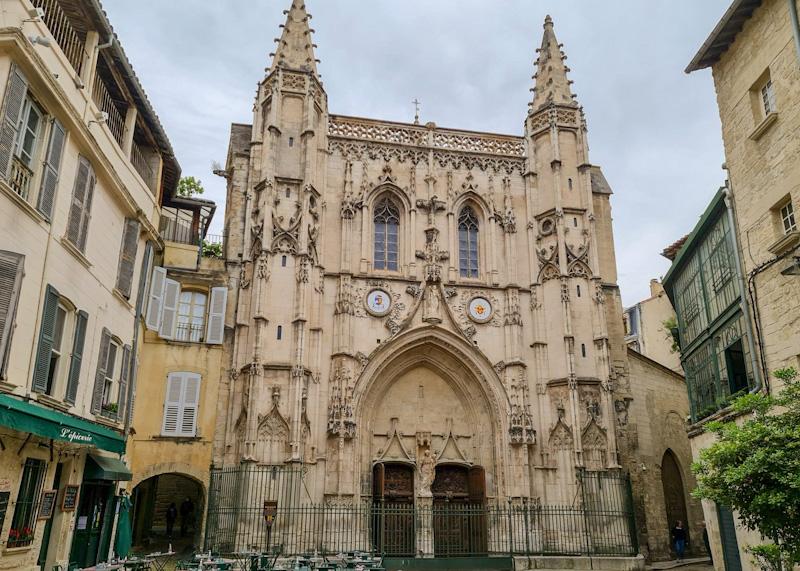 Etape à l'Eglise Saint Pierre dans ma visite d'Avignon en 1 jour