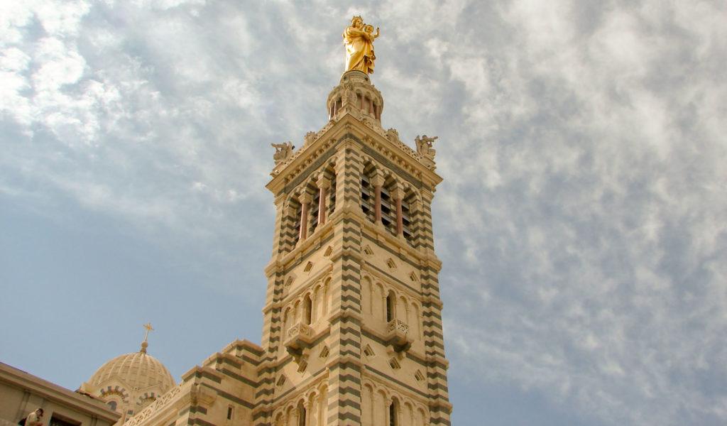 Circuit Marseille à pied – Basilique Notre Dame de la Garde dans mon itinéraire à pied Marseille en 1 jour