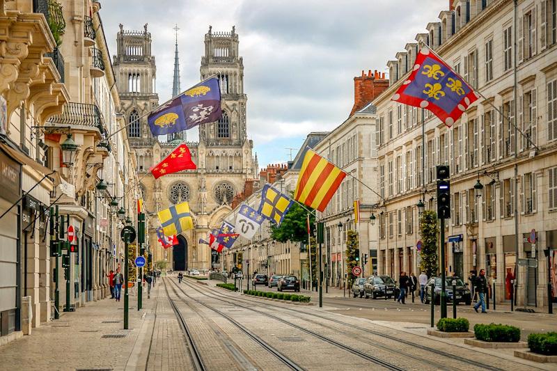 Cathédrale d'Orléans étape sur mon itinéraire de visite d'Orléans à pied