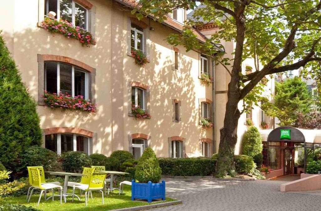 L'Alsace avec un chien Le Meilleur hôtel acceptant les chiens à Colmar