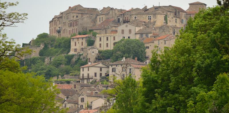 Voyager en France en voiture et visiter Cordes sur Ciel