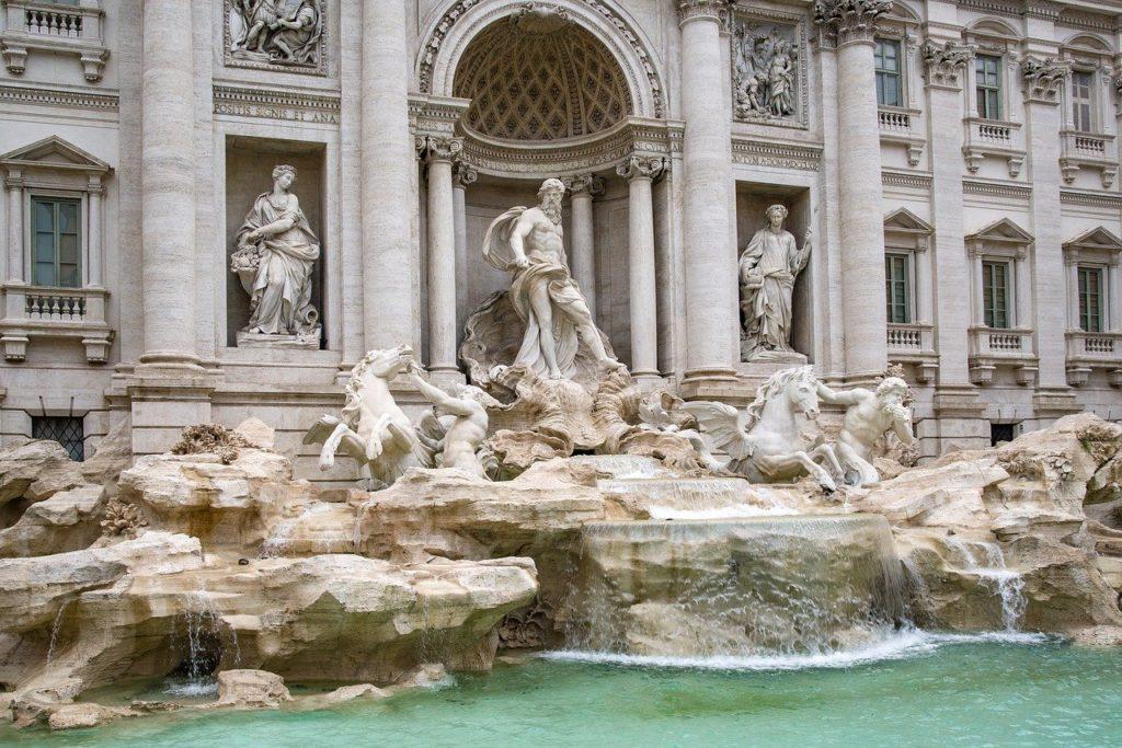 FONTAINE DE TREVI ROME SUR MON CIRCUIT A PIED