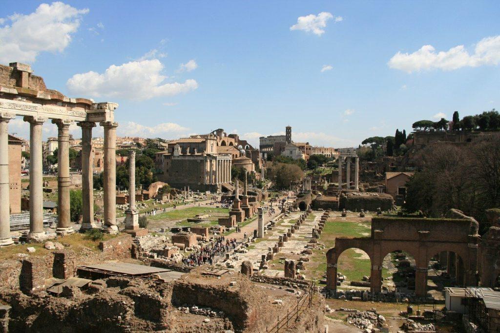Forum Romain étape de mon circuit Rome à pied