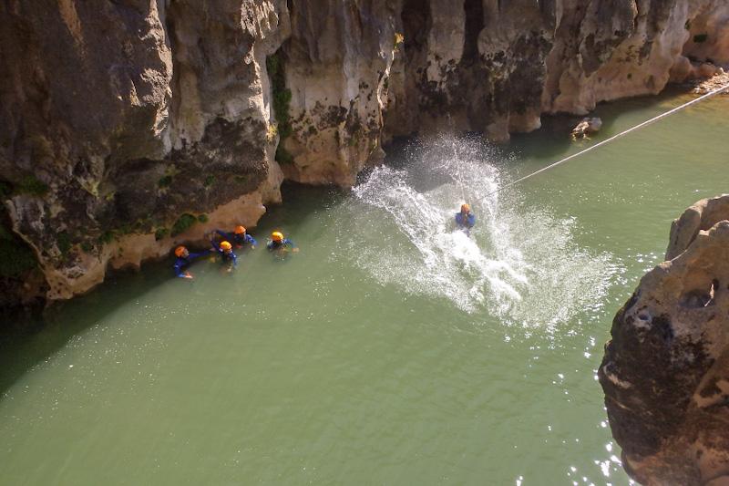 Canyoning dans les Gorges de l'Hérault au Canyon du Diable