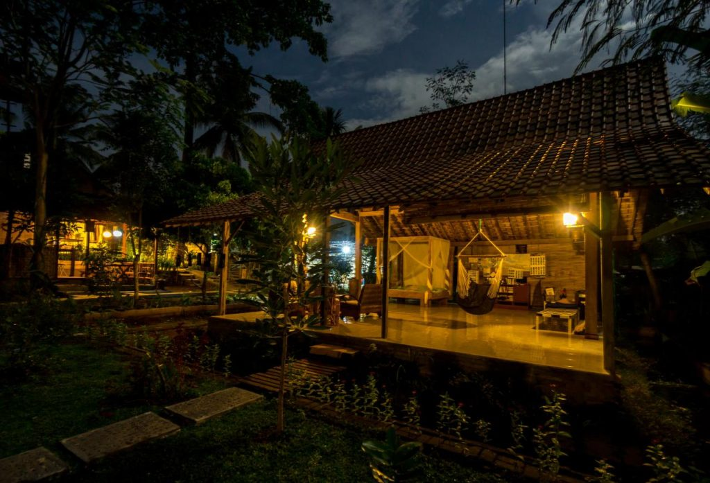 HOTELS PAS CHERS INDONESIE : GUEST HOUSE A BANYUWANGI