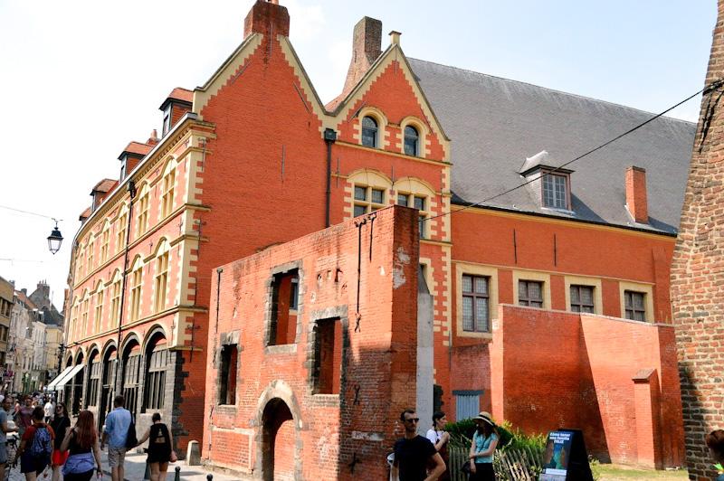 Que voir à Lille en 1 jour : l'Hospice Comtesse