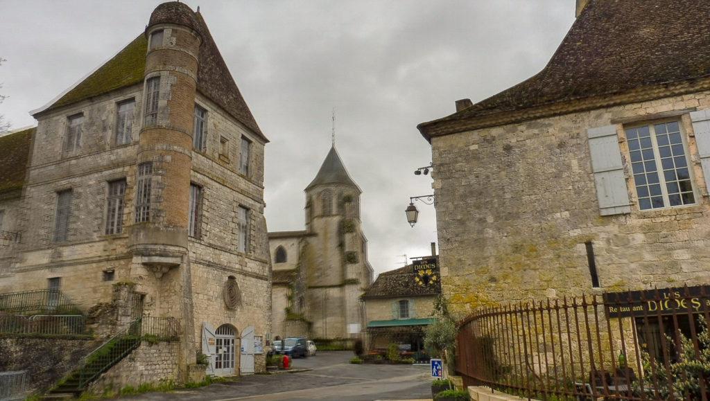 weekend en Dordogne village d'Issigeac sur mon itinéraire de 2 jours en Périgord