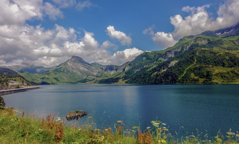 Lac de Roseland sur mon circuit dans les Alpes
