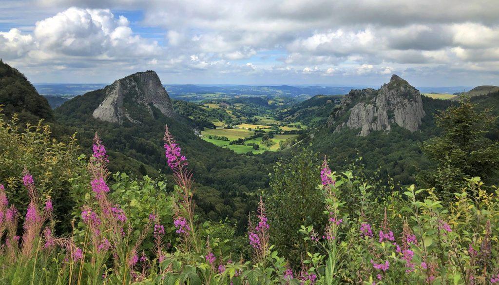 Point de Vue Roches Tuilière et Sanadoire PUY DE SANCY