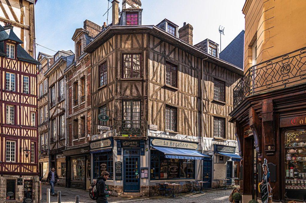 Normandía y Mont Saint Michel en 7 días en coche con mapa : Rouen