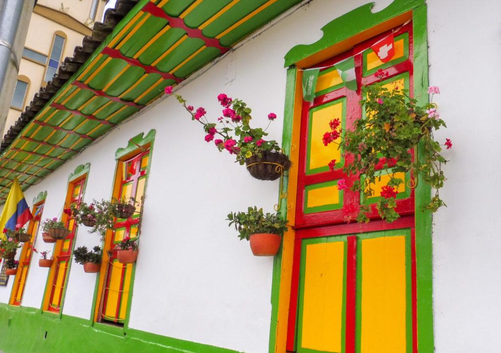 QUE VOIR A SALENTO - rues colorées