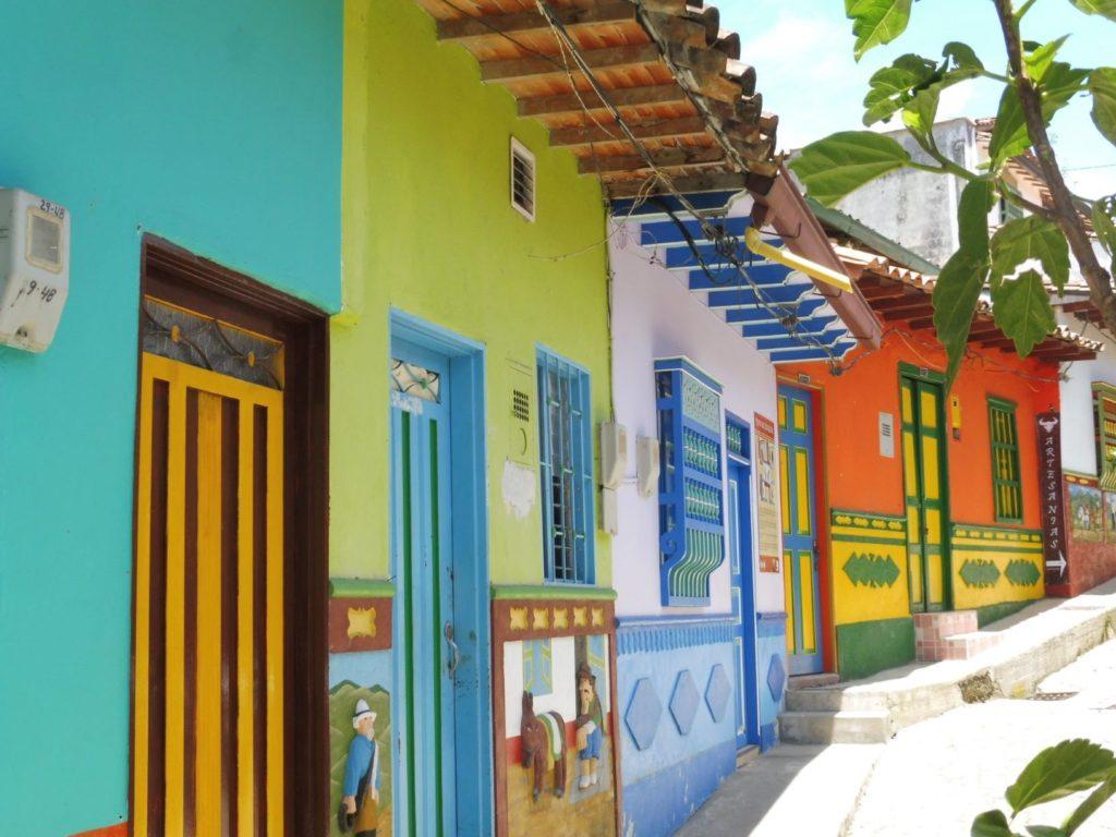 Ruelle colorée de GUATAPE