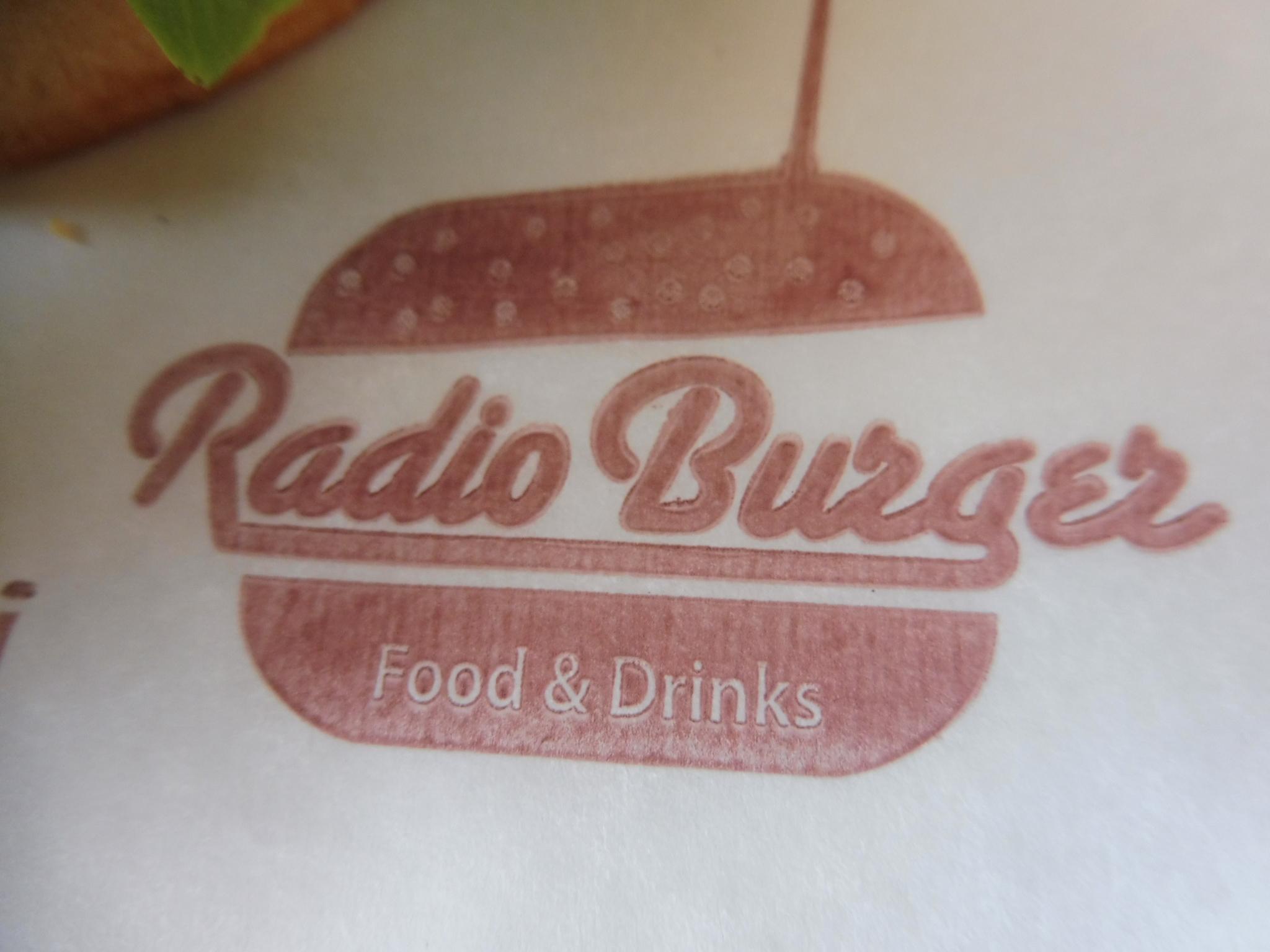 RADIO BURGER POUR MANGER PAS CHER A SANTA MARTA