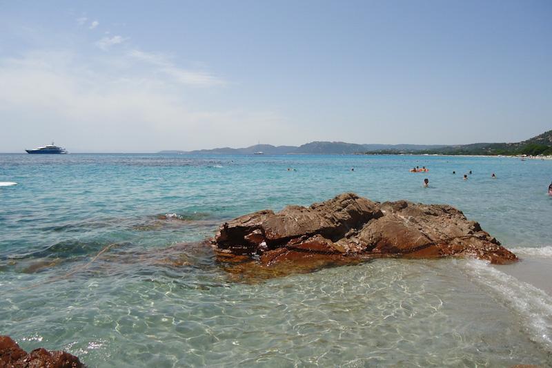 Plage de Palombagia parmi les plus belles de Corse du Sud
