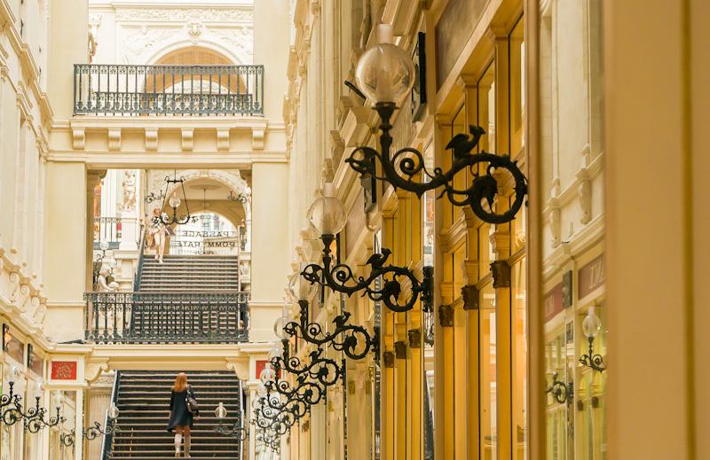 Visiter Nantes à pied étape au Passage Pommeraye