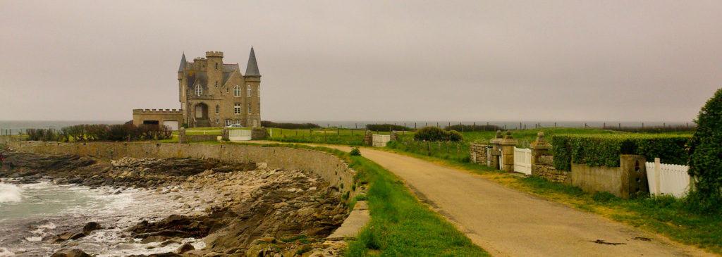 QUIBERON à visiter en voyage sur les côtes de Bretagne et de Normandie