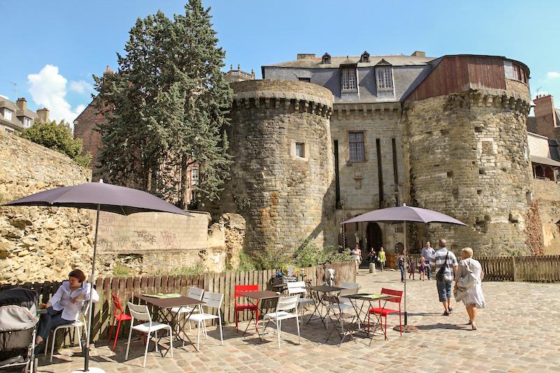 Visiter Rennes à pied 2ème étape Les Portes Mordelaises