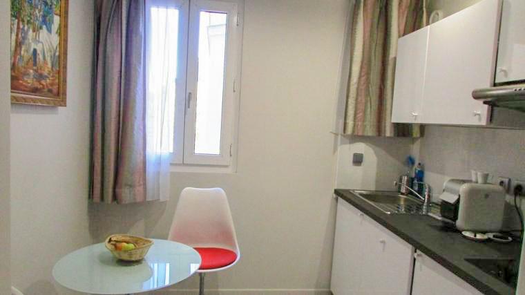 Résidence Champs de Mars parmi les 5 meilleurs hotels pas chers à Paris pour une famille