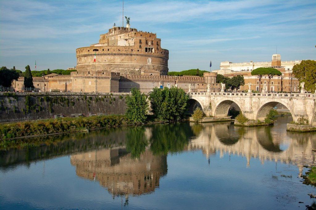 Circuit Rome à pied étape Château Saint Ange