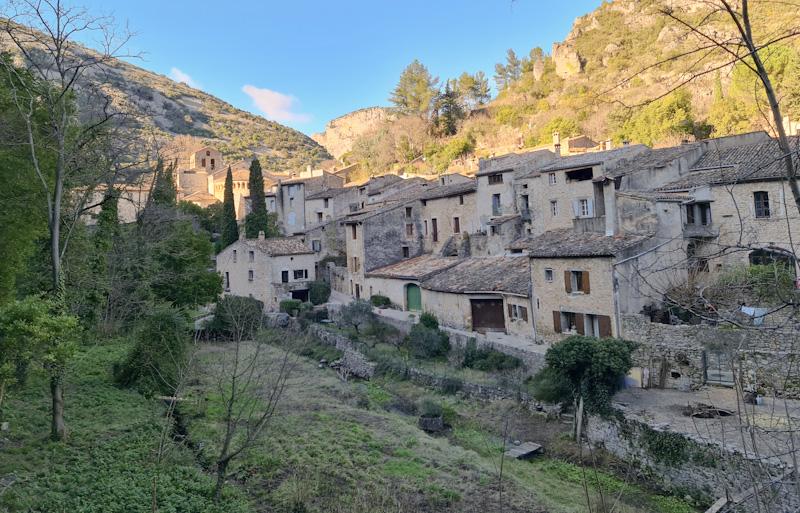 Comment visiter Saint Guilhem le Désert