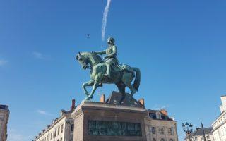 Visiter Orléans à pied : Mon circuit avec carte de mon itinéraire