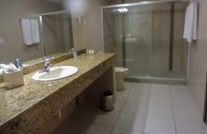 Salle de bains de HOTEL PANAMA - Clarion Victoria