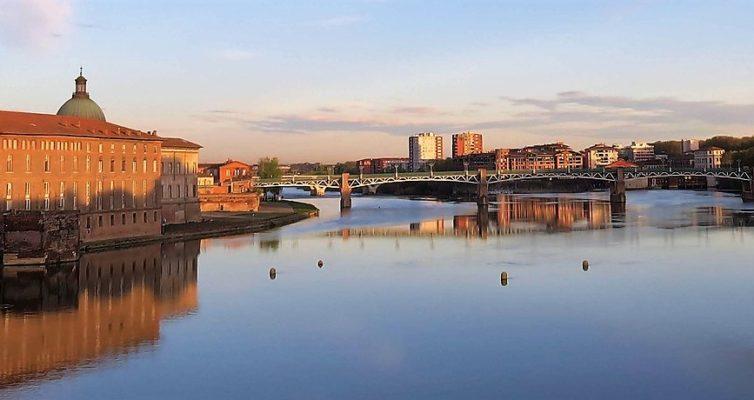 Que voir à Toulouse, Vue du pont Neuf