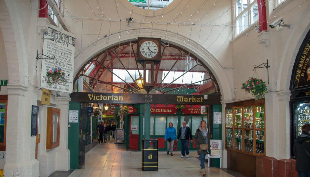 Direction Inverness victoria market