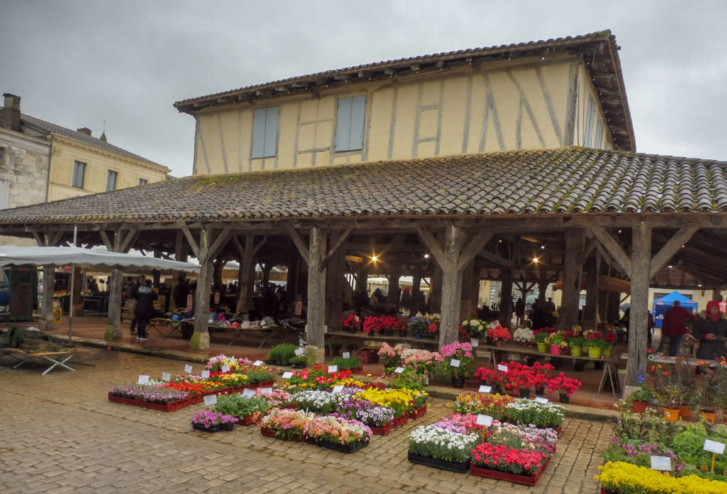 week end en Périgord visite du marché de Villeréal en Dordogne