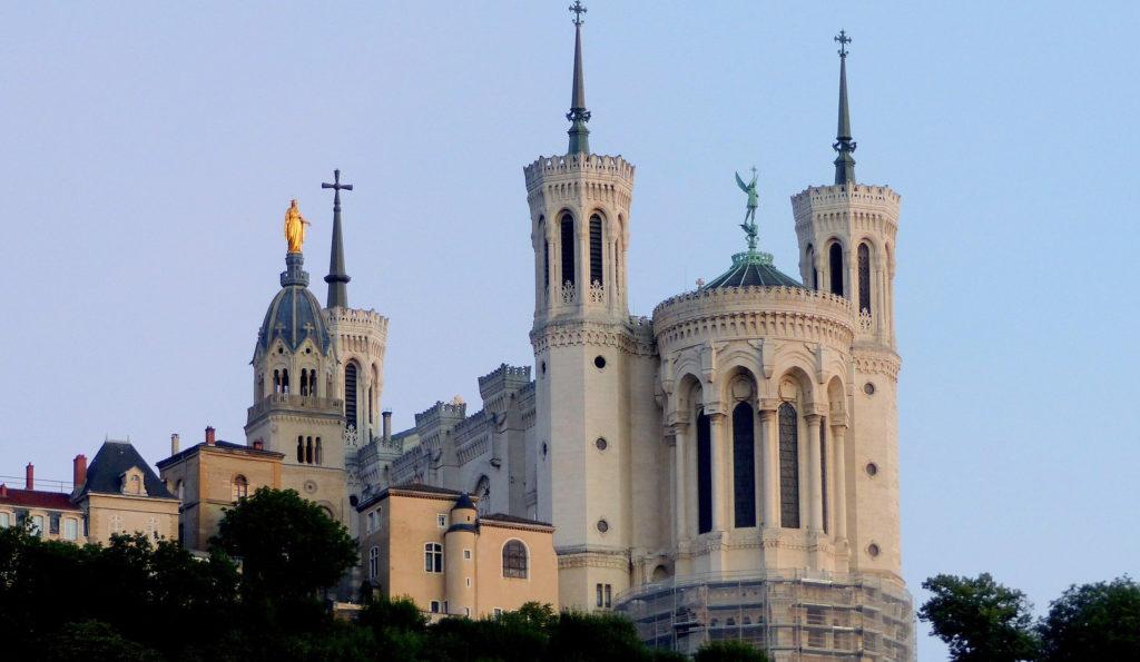 Basilique Notre-Dame de Fourvière étape de mon circuit de visite de Lyon