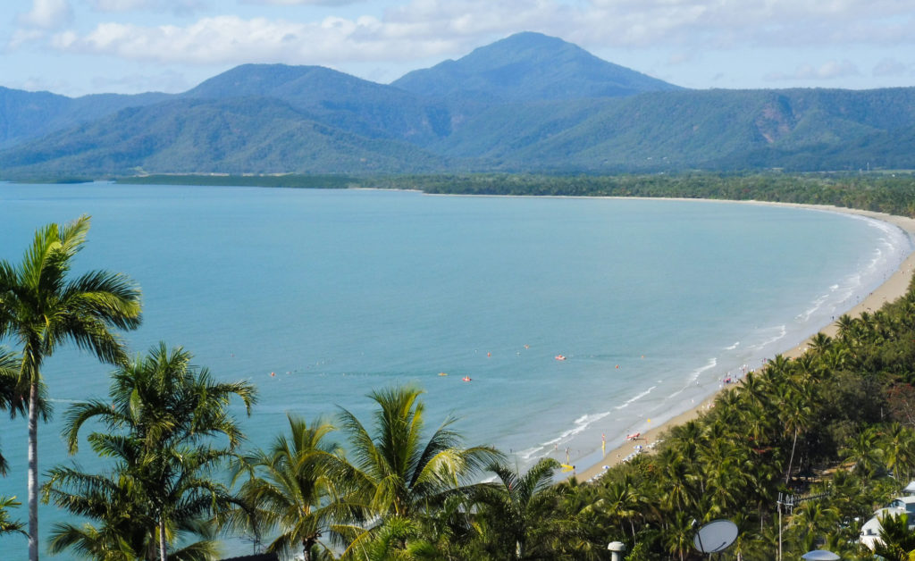 Four mile beach Port Douglas etapa del road trip en Australia