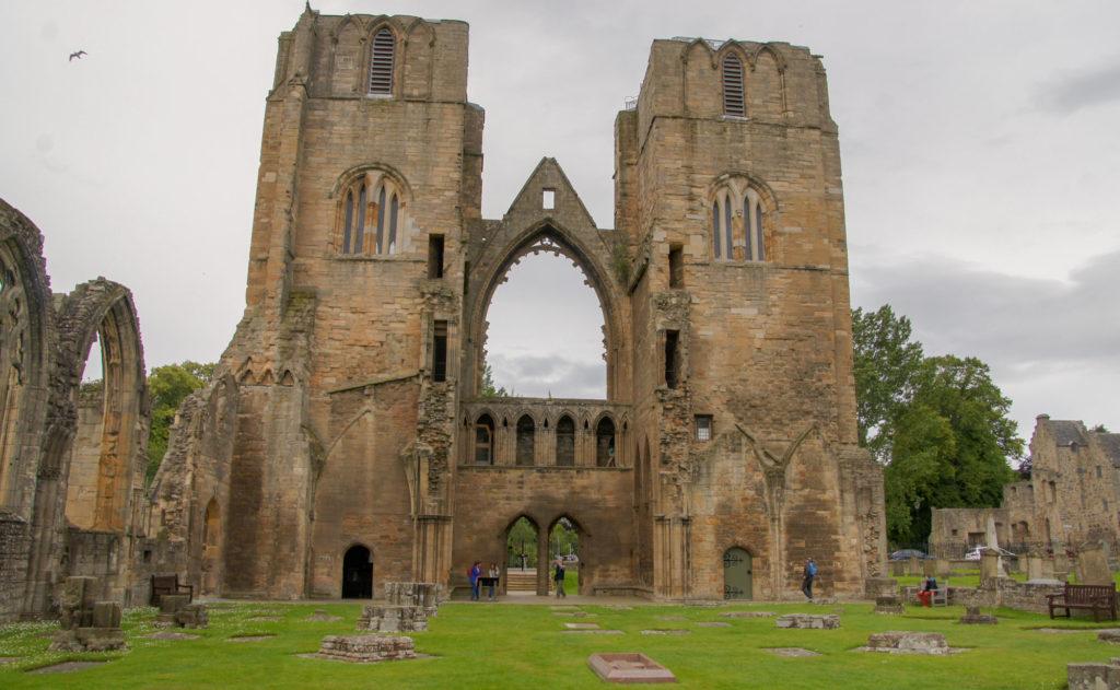 Cathédrale d'Elgin Entrée magistrale