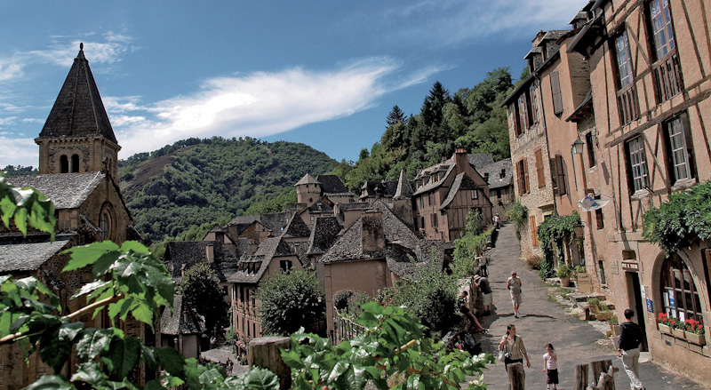 CONQUES ET SON TRESOR PARMI LES PLUS BEAUX VILLAGES DE FRANCE