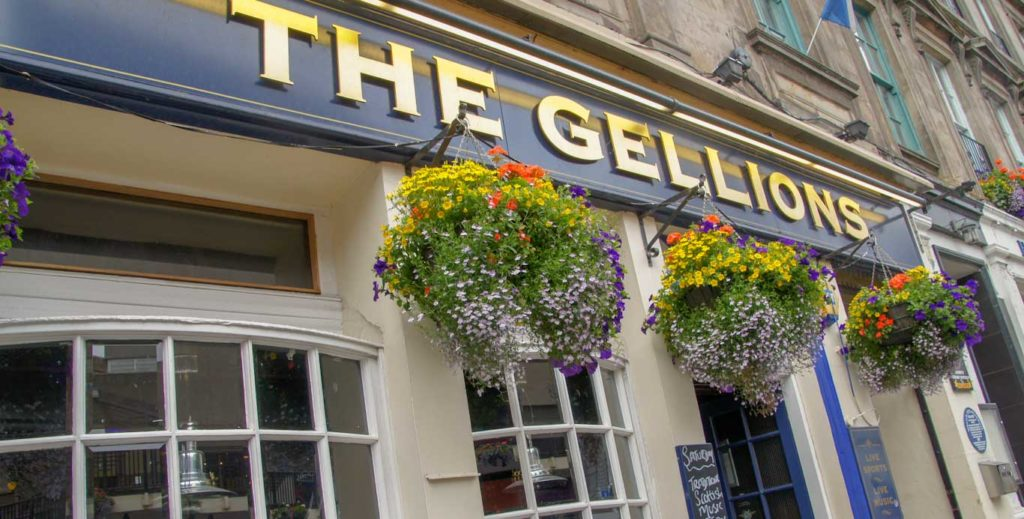 HIGHLANDS INVERNESS PUB LE GELLION