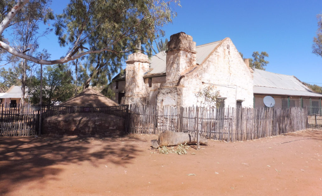 Road trip Australian Red Centre Hermannsburg