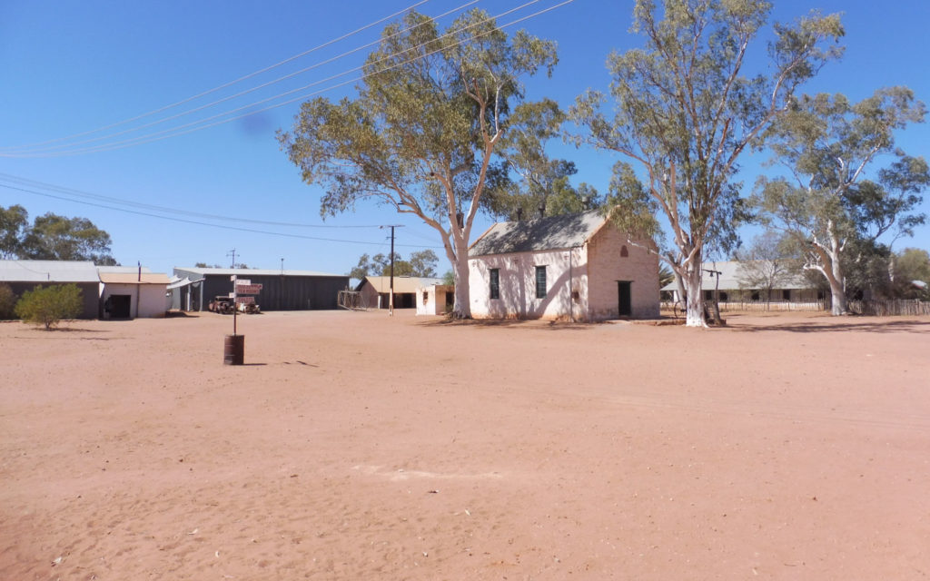 road trip Outback australiano Hermannsburg