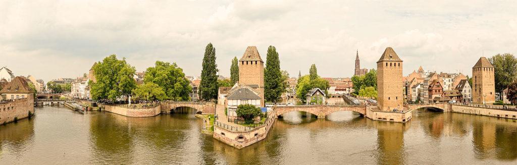 Strasbourg en 1 jour incontournables de Strasbourg - Les Ponts Couverts et le Barrage Vauban