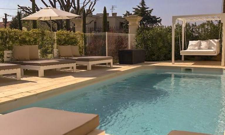 Piscine de mon meilleur hotel pas cher Marseille