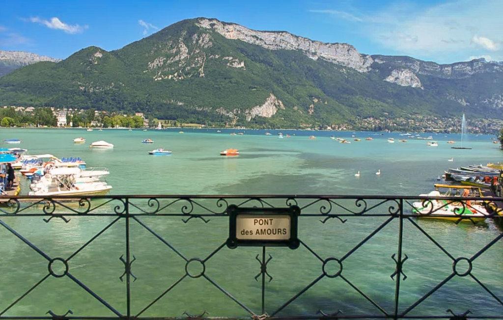 Annecy en 1 jour – Itinéraire de l'après-midi avec le PONT DES AMOURS