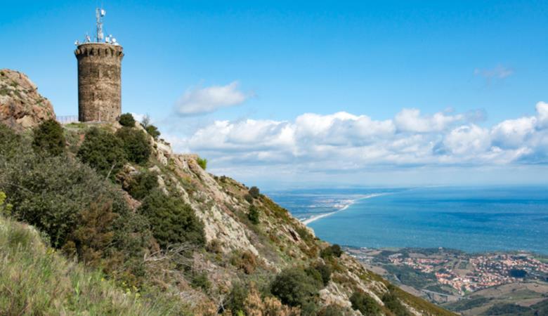Que voir autour de Perpignan : Littoral Côte Vermeille Tour de Madeloc