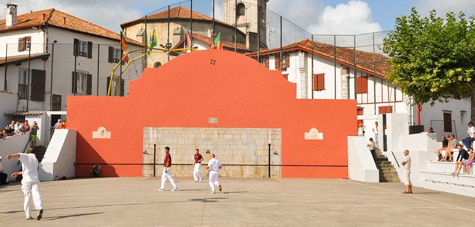 Circuit arrière Pays Basque Village basque Urrugne